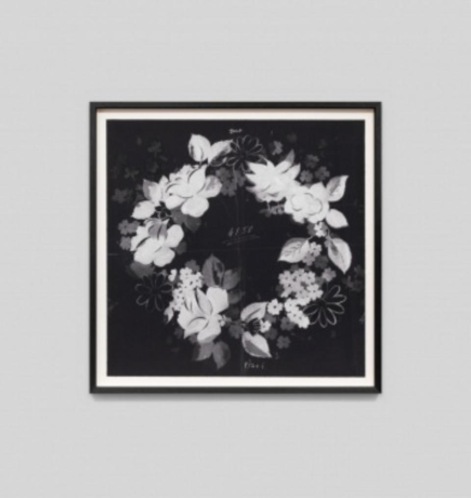 Paule Marrot Fleur Couronne Noir F2