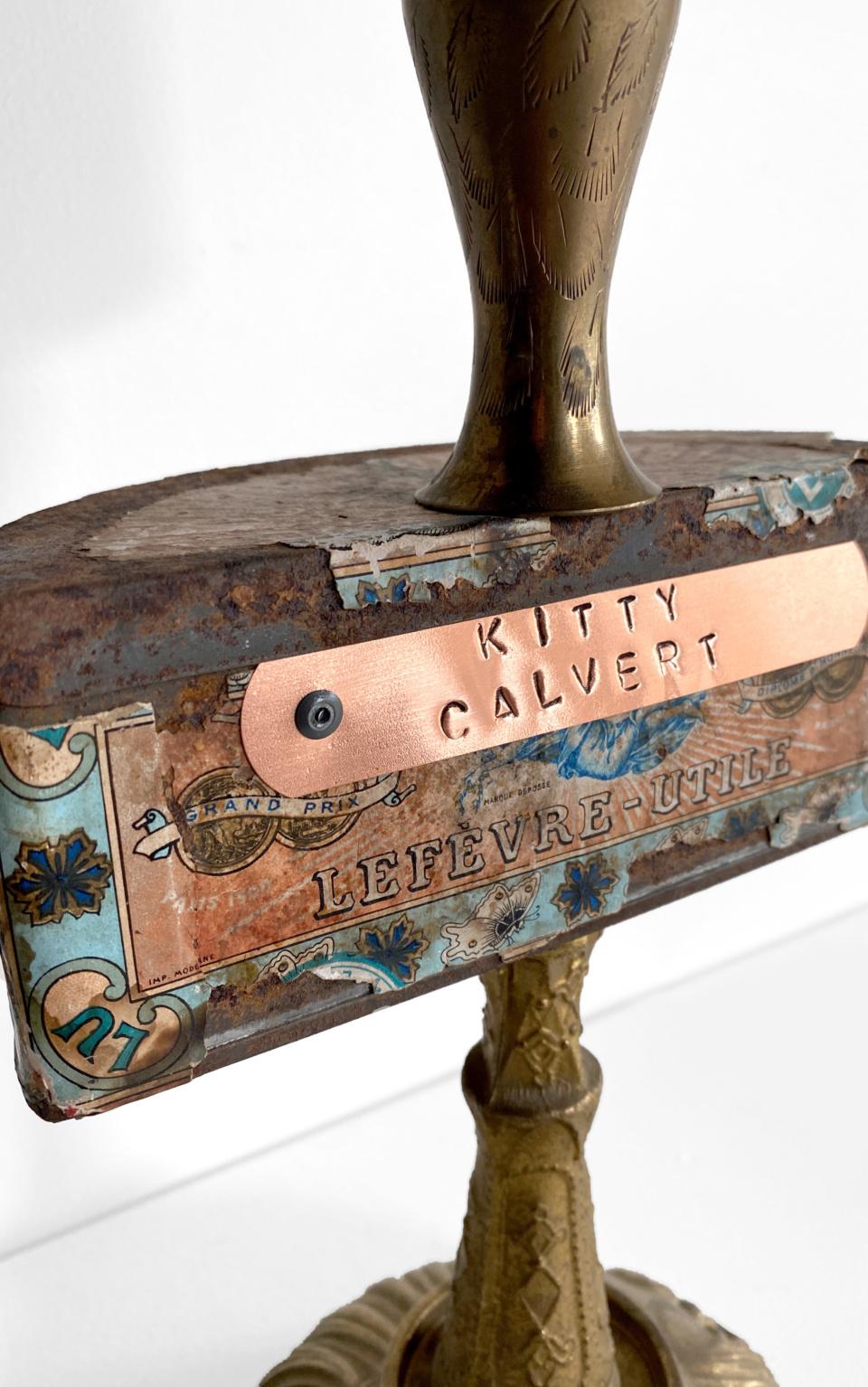 Kitty Calvert Flirty Detail 3